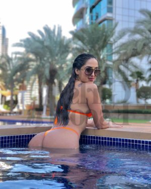 Celuta vip escort girls