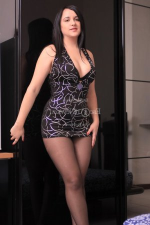Ylenia escort in New Providence NJ
